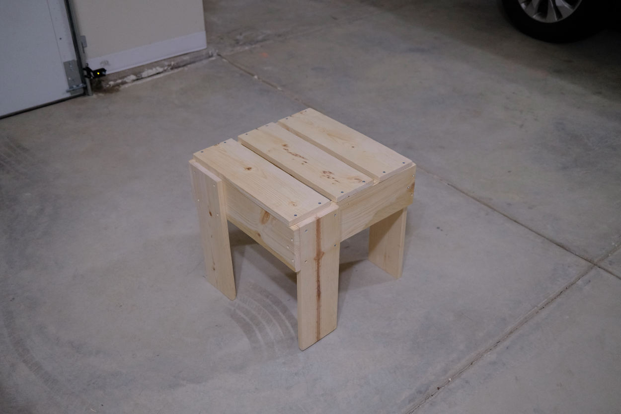 A completed Rietveld crate stool